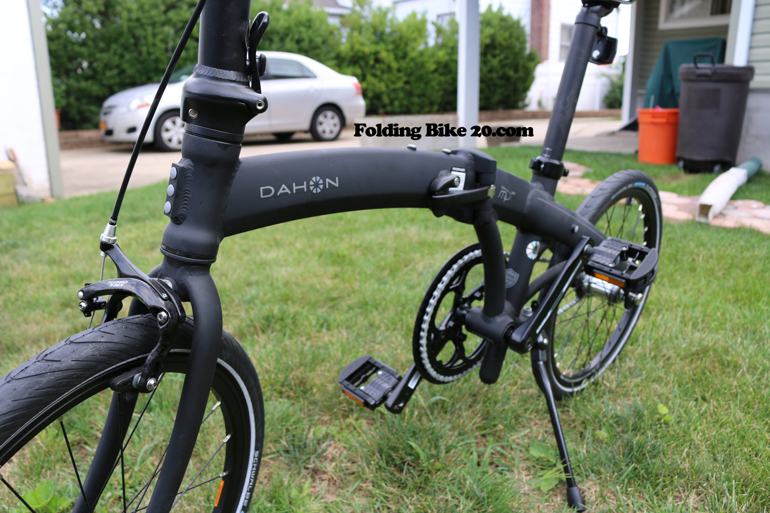 dahon mu uno folding bike review how simplicity makes the difference. Black Bedroom Furniture Sets. Home Design Ideas